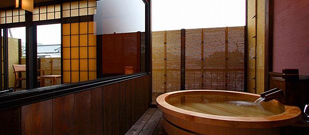 別邸 レトロの梅月の間214号室 伊豆長岡温泉 水庭の旅籠 すみよし館